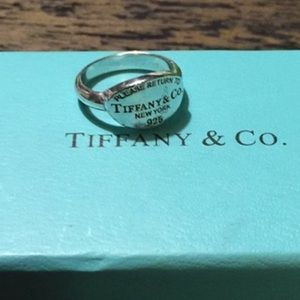 TIFFANY AND CO., RING.